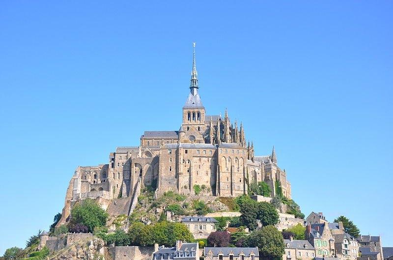 Le mont saint michel tourisme le mont saint michel manche for Mont saint michel interieur