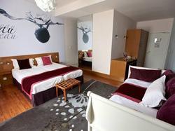 INTER-HOTEL Ô Gayot Bagnoles-de-l\'Orne