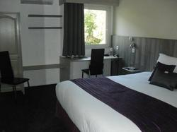 Le Brit Hotel Dak Hotel