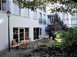 Aparthotel Adagio Paris Buttes Chaumont, PARIS