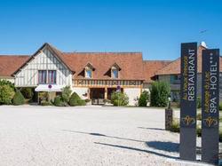 Hotel Logis Hôtel Auberge Du Lac Mesnil-Saint-Père