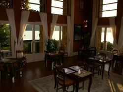 Logis Hôtel du Lac Neuvic