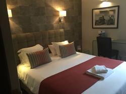 Comfort Hotel - Cergy-Pontoise