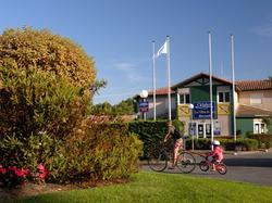 Photo de la résidence Résidence Odalys - Les Villas Du Lac à Soustons