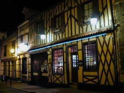 Hotel Restaurant De Seignelay Auxerre