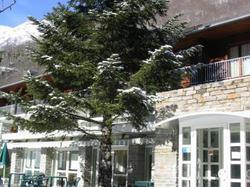 Hotel Hôtel Club L'Ourson Bagnères-de-Luchon
