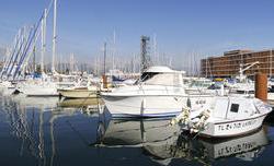 Kyriad Prestige Toulon  La Seyne Sur Mer - Centre Port