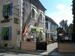Hostellerie Saint Pierre Cravant