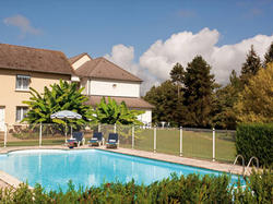 Hotel Logis Hôtel du Pont Neuf Le Veurdre