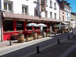 LEtoile dOr Bourbonne-les-Bains