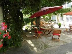Hôtel Restaurant Jeanne dArc Bourbonne-les-Bains