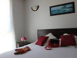 Hotel Comfort Suites Pau Idron  Idron