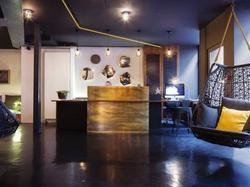 Hotel Maxim Folies : Hotel Paris 9