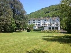 Hôtel et Résidence des Bains Vic-sur-Cère