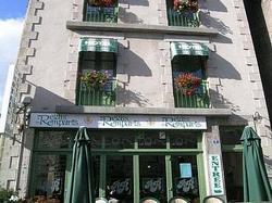 Logis Hôtel Le Relais Des Remparts Allanche