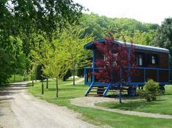 Photo du camping Le Village des Monédières à Chamberet