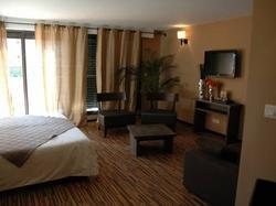 BHB Hotel  Bagnols-sur-Cèze