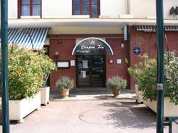 INTER-HOTEL Le Chapon Fin  Moissac