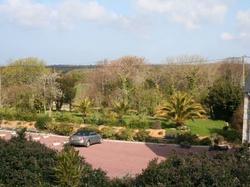 Hotel Logis De La Mare Du Parc  Surtainville
