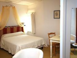 Logis Hotel le Prieuré Bourg-Saint-Andéol