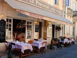 Hôtel Restaurant Le Provençal Le Grau-du-Roi