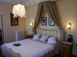 Hotel Du Lion Dor Cauterets