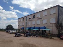 Est Ouest Hotel Doyet