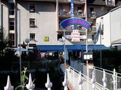 Logis Hotel lAuzeraie Ax-les-Thermes