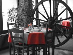 Hotel du Centre - Restaurant le Ptit Gourmet Tonnerre