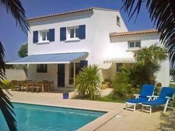 Holiday Home Clos Sainte Therese Le Grau d'Agde - Hotel