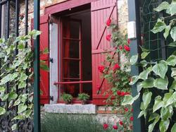 Holiday Home The Cottage Conflans Sainte Honorine - Hotel