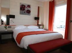 Inter-Hotel Vamcel Pau Lescar