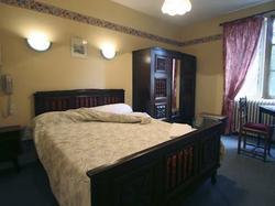Hotel Hotel de l'Abbaye Cluny