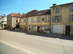 Hotel L'Escale Longeau-Percey
