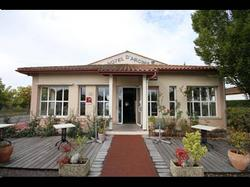 Hotel Hôtel d'Arcins Latresne