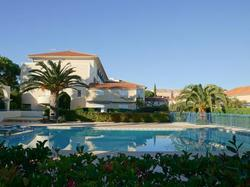 Holiday Home Le Domaine D'azur Le Lavandou