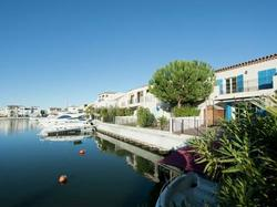Holiday Home Au Bord De L Eau Aigues Mortes
