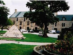 Lhostellerie Du Château Bricquebec