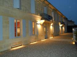 Hotel Hôtel l'Epicurial Saint-Pey-de-Castets
