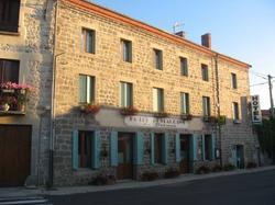 Hôtel Restaurant Le Dolmen Saint-Bonnet-le-Château