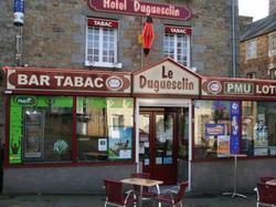 Hotel Hôtel Duguesclin La Haye-Pesnel