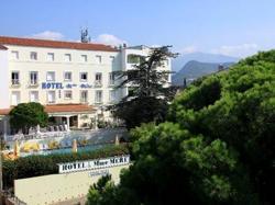Hotel Madame Mere Saint-Florent