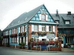 Logis Hotel Aux Comtes De Hanau Ingwiller