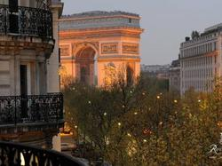Royal Hotel Champs Elysées : Hotel Paris 8