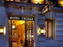Cécilia Paris
