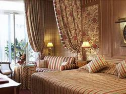 Hotel Chambiges Elysées : Hotel Paris 8
