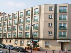 Hotel Du Trosy Clamart