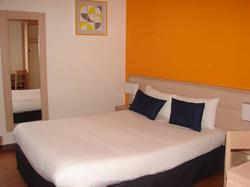 Budget Inn Barbizon - Fontainebleau