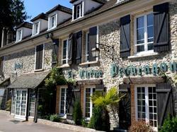 Le Chene Pendragon Saint-Léger-en-Yvelines