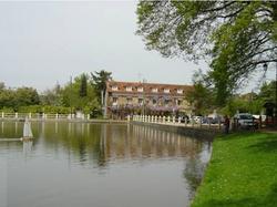 Au Bord du Lac Saint-Rémy-lès-Chevreuse